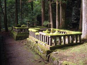 滝尾古道|勝道上人の墓