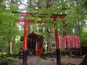 滝尾古道|滝尾稲荷神社