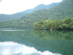 湯の湖一周|兎島